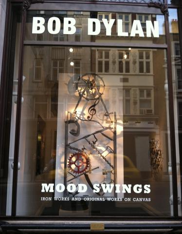 Mood Swings at the Halcyon Gallery in London